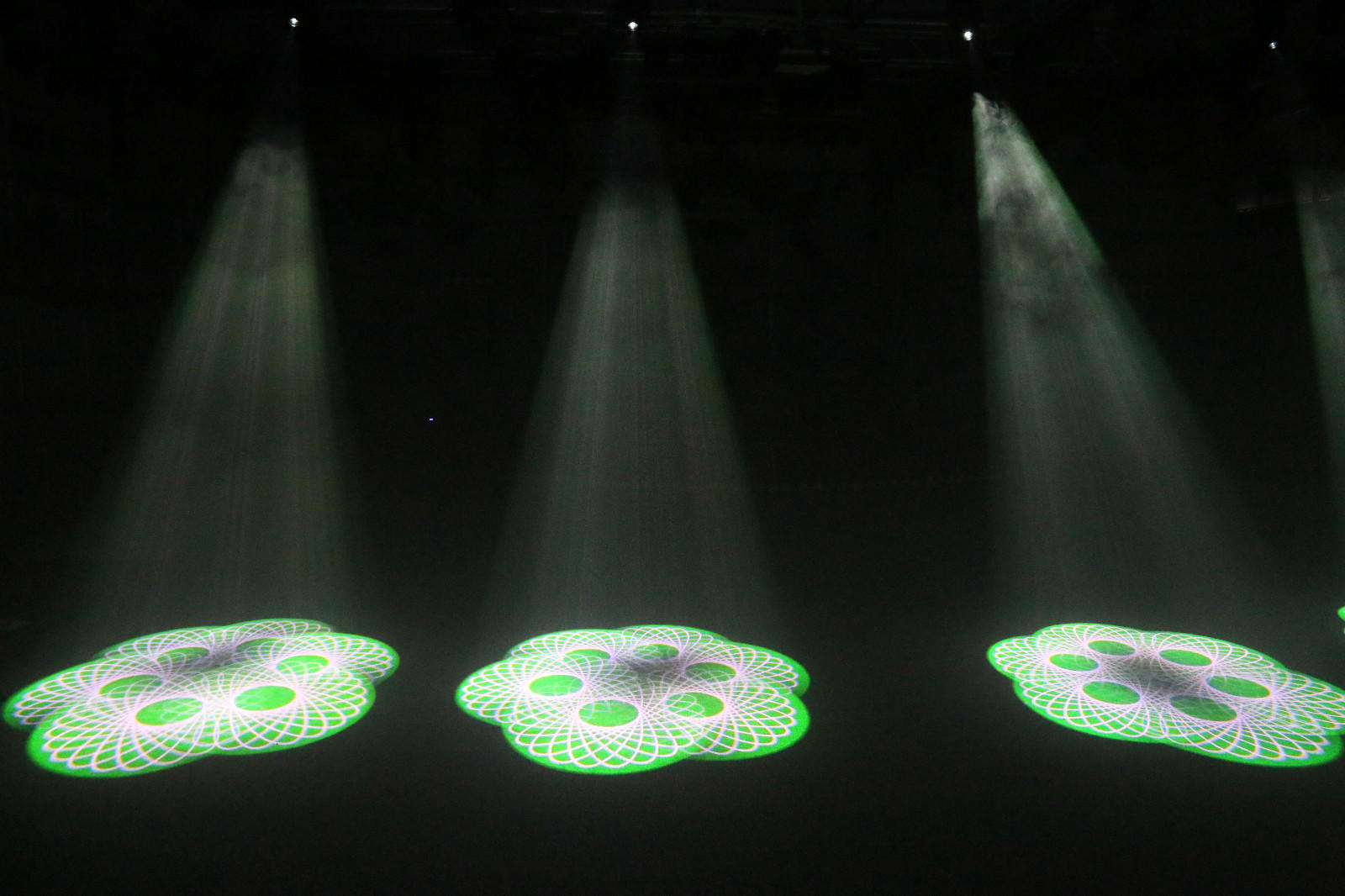Multi-effect party laser lights dmx easy to carry for disco